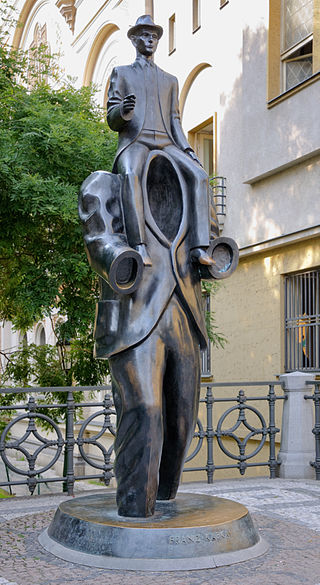 320px-Kafka_statue_Prague
